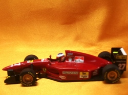 (007)94フェラーリ412TK03.jpg