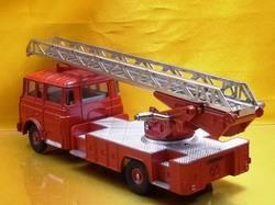 (045)dnベルリエ消防車02.jpg
