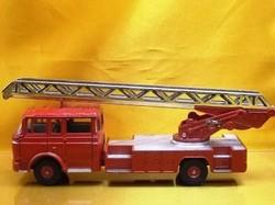 (045)dnベルリエ消防車03.jpg