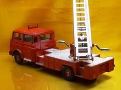 (045)dnベルリエ消防車04.jpg