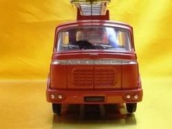 (045)dnベルリエ消防車05.jpg