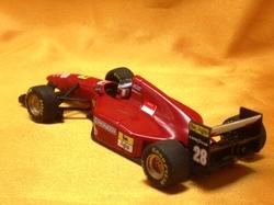 (006)94フェラーリ412T02.jpg